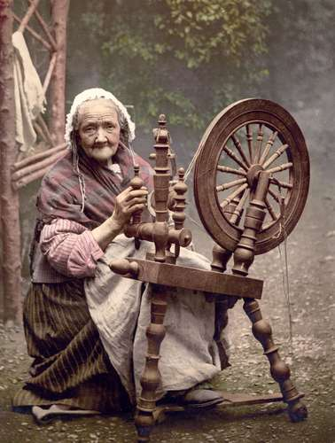 Homesteading Dreams…..to spin, or not to spin? That is the question….