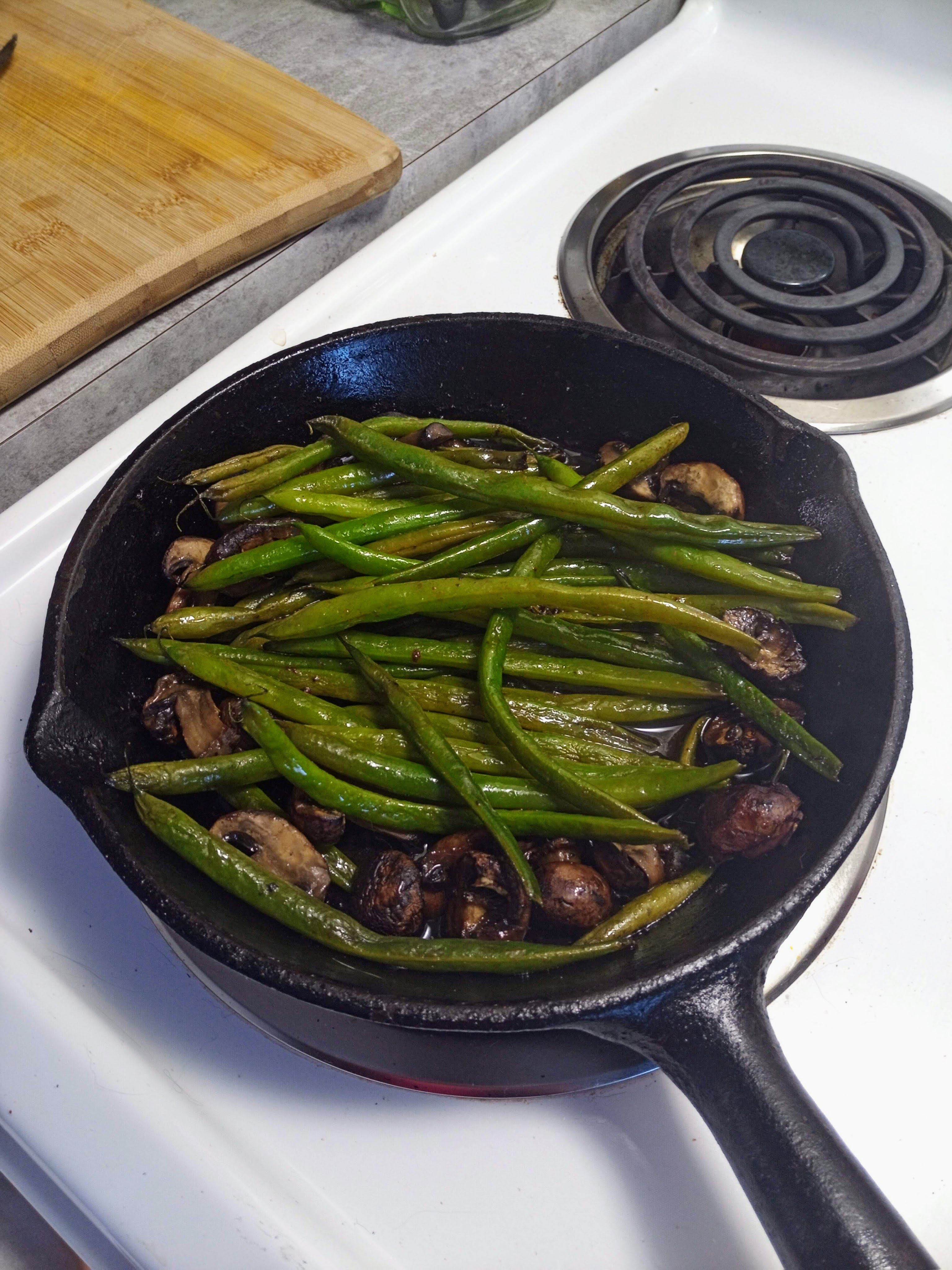 Oven-roasted Green Beans – with Mushrooms
